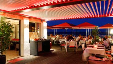 BIOSSUN, MOONICH-Pergola: Terrassen-Dach mit Lamellen fuer Balkon, Pool, Garten, Restaurant, Cafe und Gastronomie, bioklimatisch, beleuchtet, windgeschuetzt - Uebersicht