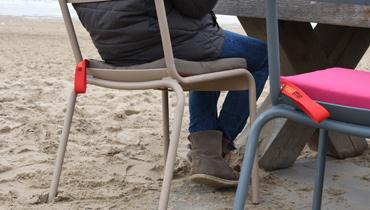 Kabellose Akku-Heizkissen fuer kalte Tage am Strand von heatme